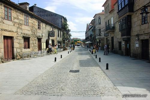 Calle comercial en Cambados