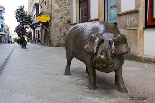 Estatua de cerdo