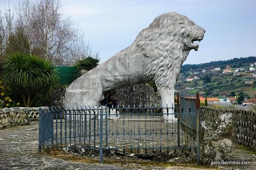 León gigante
