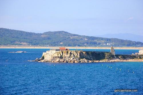 Ermita en la península