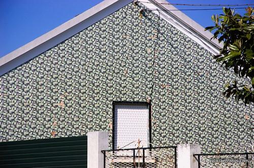 Más azulejos