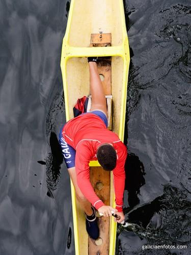 Posado en canoa