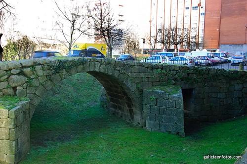 Puente medieval de Balaídos