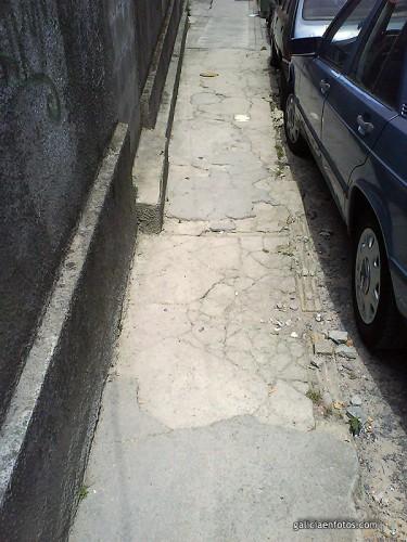 Acera en calle Pino