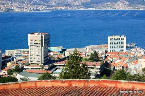 Ayuntamiento y hotel Bahía