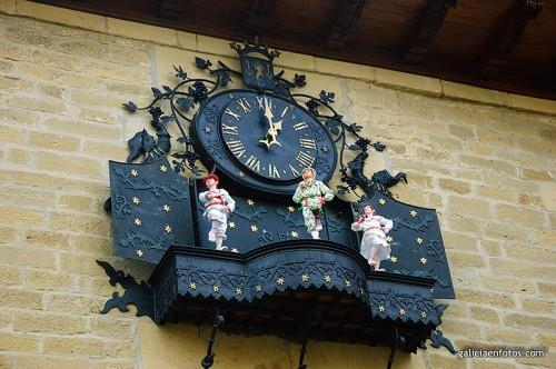 Bailarines del reloj