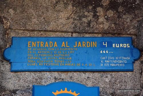 Cartel en la entrada