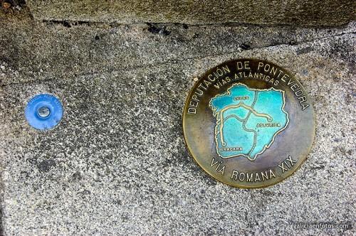 Placa en el puente de Tuy