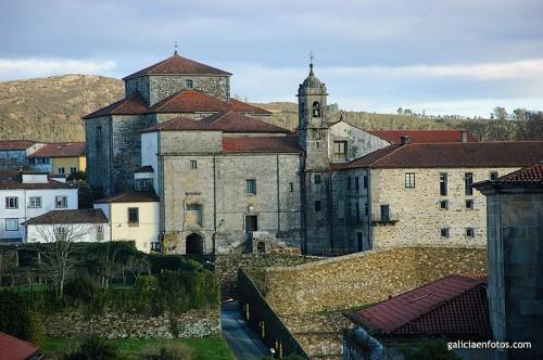 Colegiata de Santa María do Sar