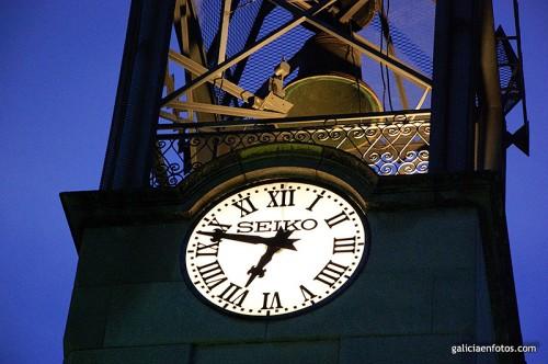 Reloj de la torre en Trives